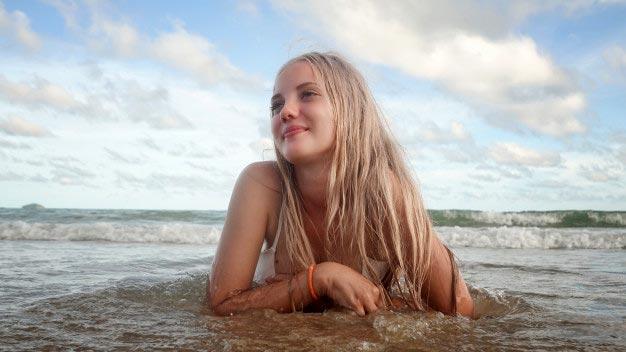 tomarme fotos sola en la playa